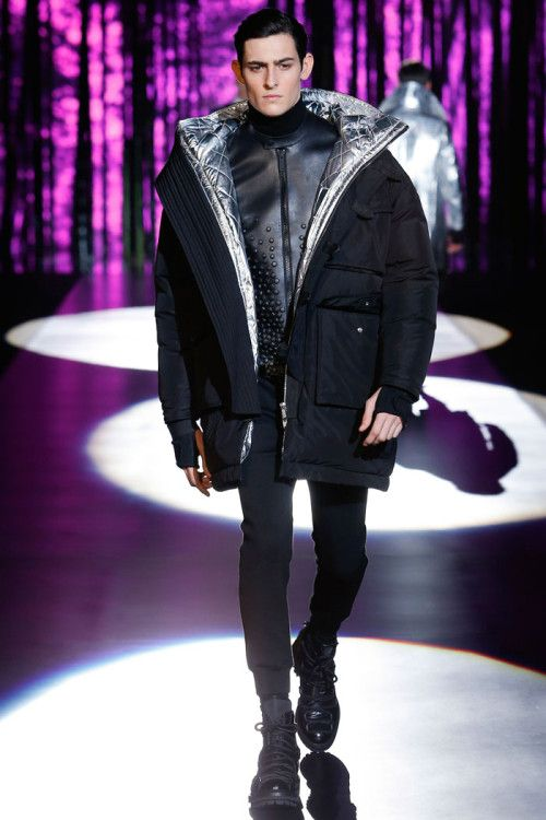 Rhys Pickering for Dsquared2 FW16 Milan