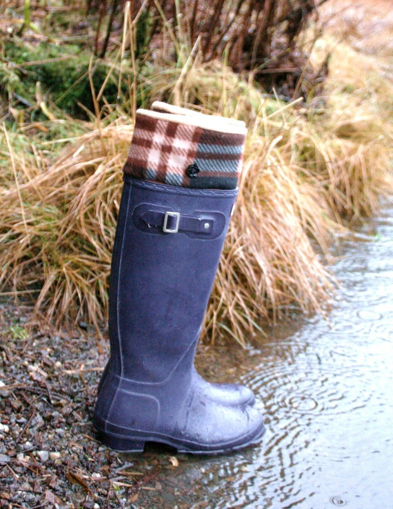 SLUGS fleece rain boot liners. How cool! Rain boots are always so cold, this is a great idea to make them more cozy! Love the plaid pattern too! From WithTheRain on etsy