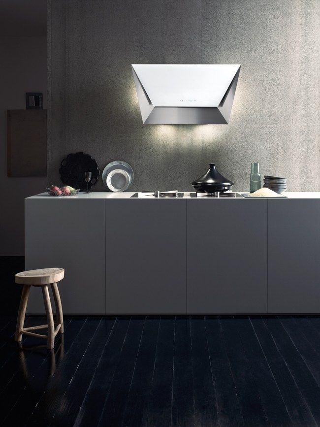 Wall-mounted tempered glass cooker hood PRISMA by Falmec design Saggia - Sommella