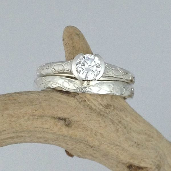 "Hand engraved engagement ring with ""fitted"" wedding band"