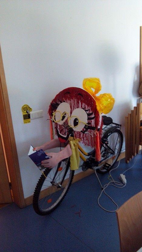 Promoção do livro e da leitura infantil!  Bicicloteca personalizada!