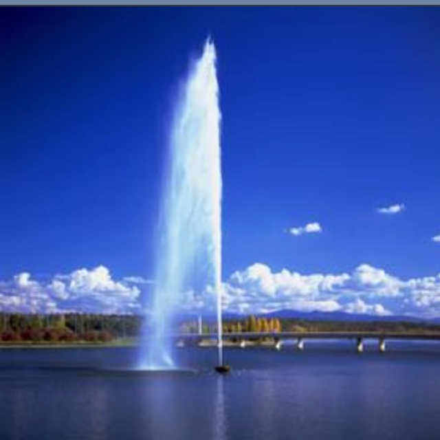 Lake Burley Griffin, Canberra ACT.