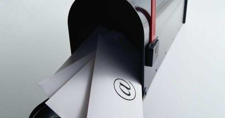 Cómo adjuntar un archivo PDF en Hotmail. Los archivos Portable Document Format (Formato de Documento Portátil; PDF, por sus siglas en inglés) son un tipo de almacenamiento de archivos utilizado para crear documentos de alta calidad de impresión. Estos archivos se pueden transmitir fácilmente a través de Internet o imprimir directamente a una impresora. Si deseas enviar un documento PDF, ...