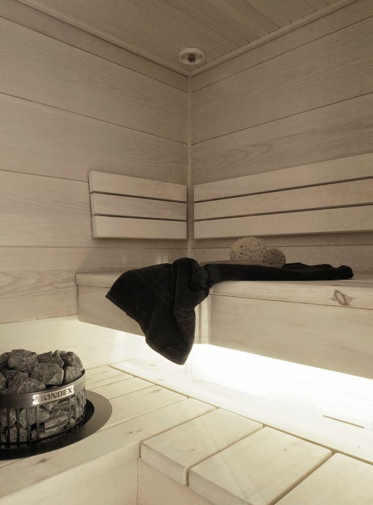 "Muotopuoli: ""Onks sauna pääl?"""