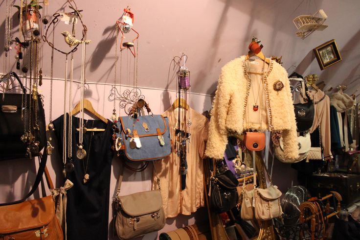 The Lady Posh » BLOG DE MODA « Fashion Blogger Argentina: Vintage • Feria Americana «««