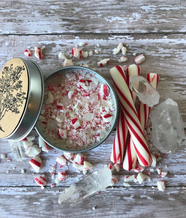 Crystal candle peppermint vanilla scent north pole candle