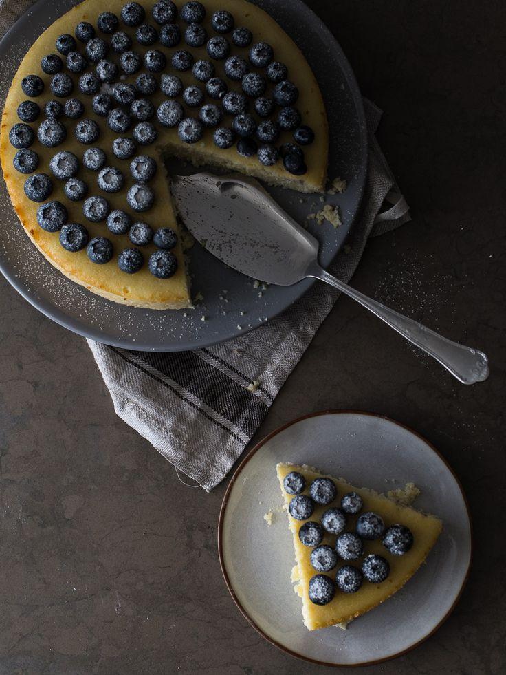 Cheesecake de requeijão e limão com mirtilos