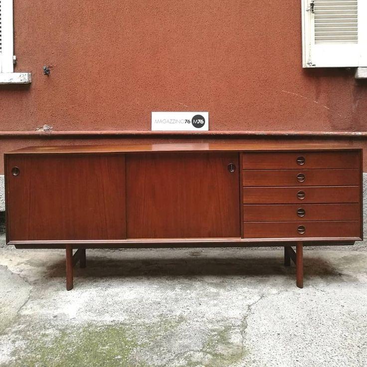 Oltre 25 fantastiche idee su mobili anni 39 60 su pinterest for Mobili villa milano