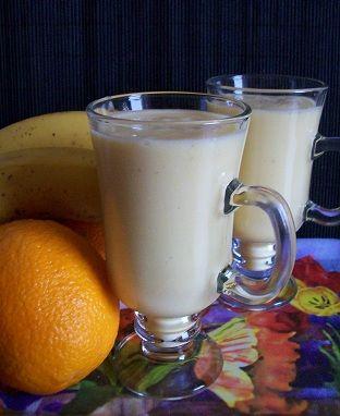 Koktajl pomarańczowo - bananowy   Zdrowe Przepisy Pauliny Styś