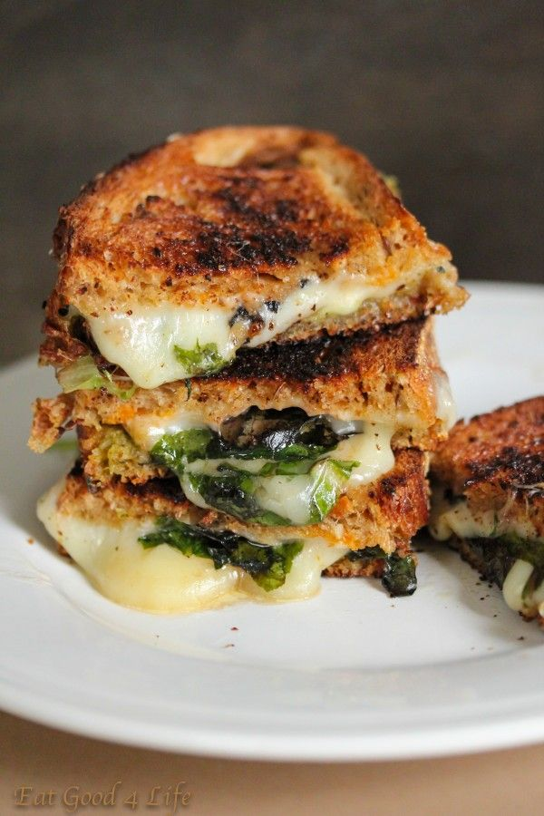 Grilled cheese spinach sandwich.