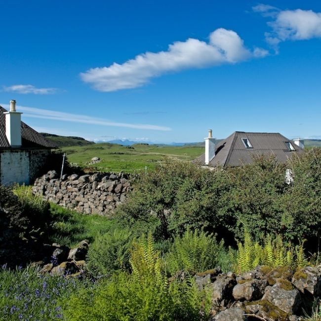 Haunn Cottages, Isle of Mull. Remote cottages situated on a spectacular headland on north west Mull with access to great walking and wildlife http://www.organicholidays.com/at/1611.htm