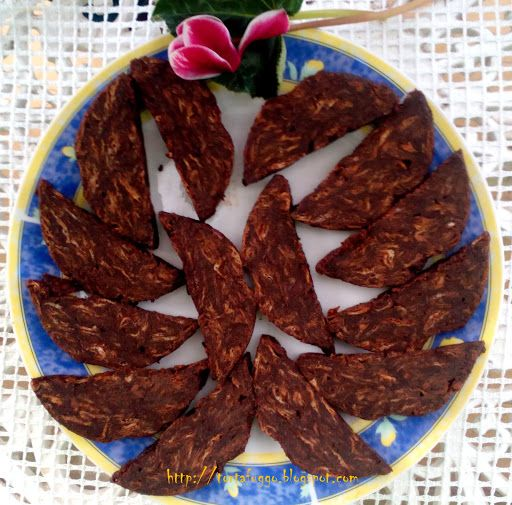 1 rama 20 dkg porcukor 4 dkg kakaopor 2 tojas 1 csokipuding 10 dkg dio 20 dkg napolyi