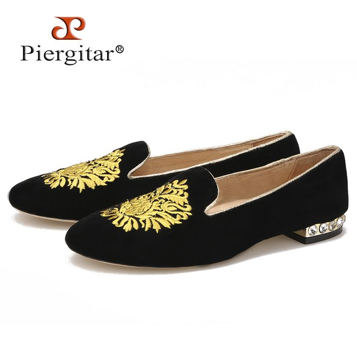 2016 new style women black velvet shoes with gold embroidery and heel with  diamond women casual