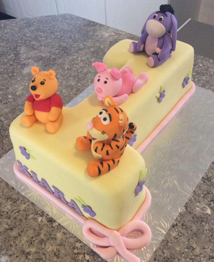 Winnie the Pooh and friends first birthday cake