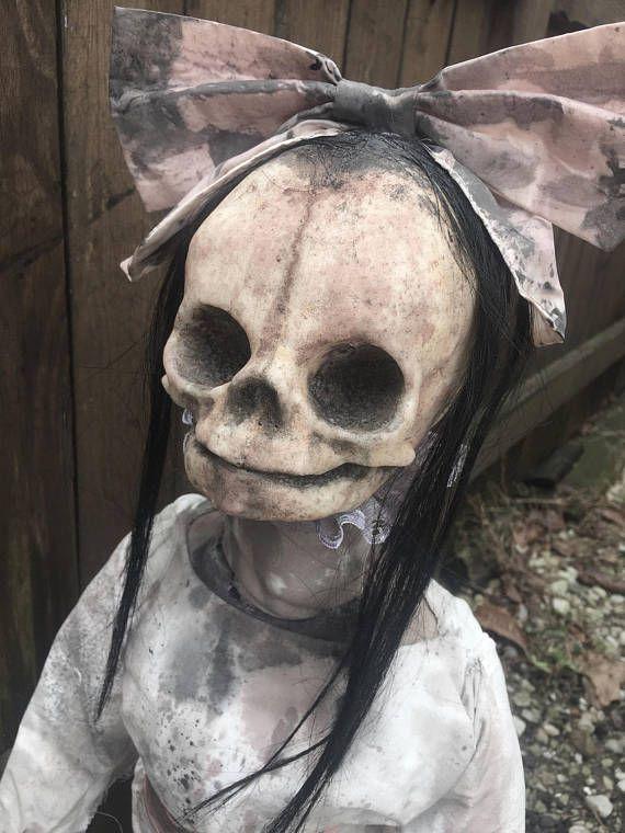 Creepy Horror Doll Wendy