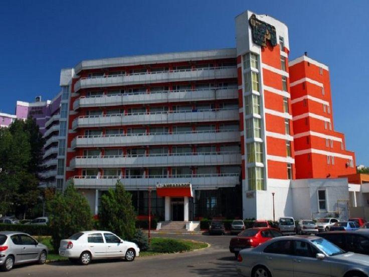 Hotel Ambasador Mamaia, oferte 7 nopti cazare in dubla, masa mic dejun bufet suedez, pranz si cina bonuri valorice, oferte standard si early booking, plaja