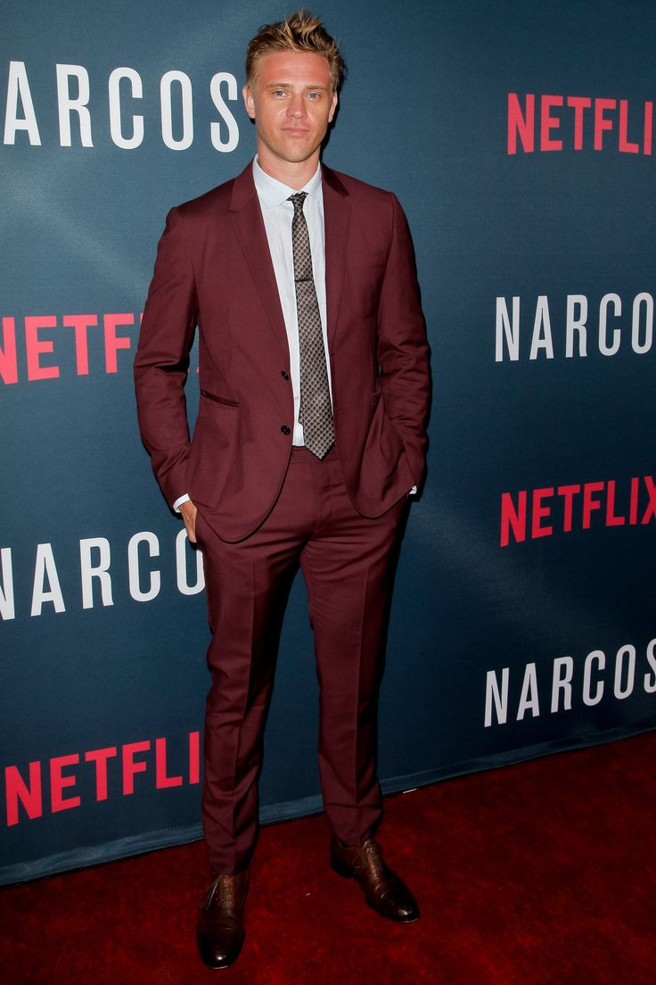 WHAT: Valentino, M. Gemi shoes WHERE:  Attending the premiere of Netflix's 'Narcos' season 2 in Hollywood. WHEN: August 24, 2016 WHY: Uncommon colored suits aren't going anywhere, so take cues from Holbrook here and wear yours with the same ease as you would any navy or charcoal one currently in your sartorial rotation.
