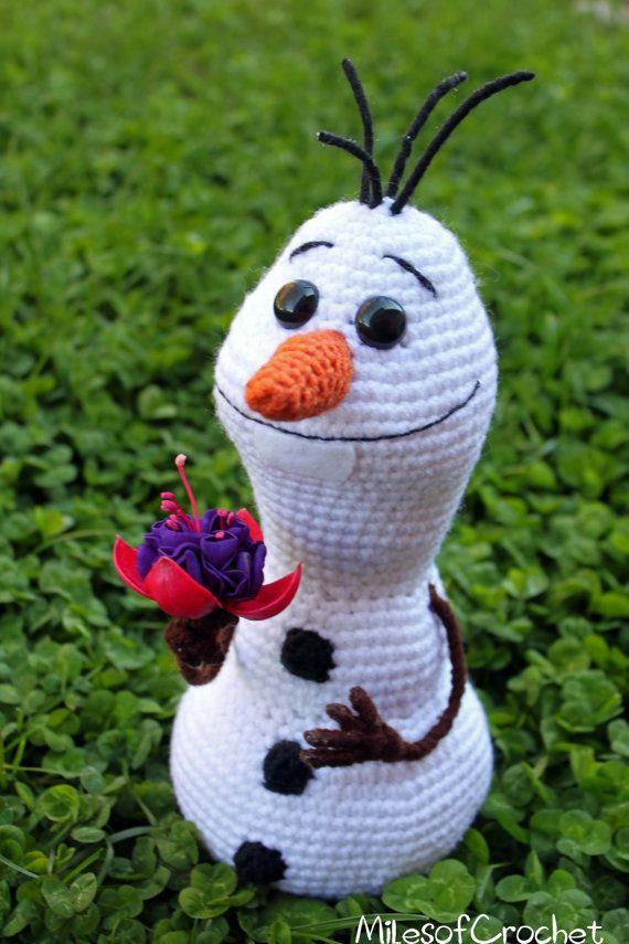 Crochet Pattern Olaf from Disney's Frozen by MilesofCrochet