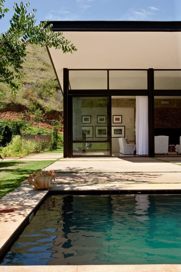 SOUTH AFRICA: Private Residence Surrounded by a Magnificent Landscape. 7/9/2012 via @Freshome