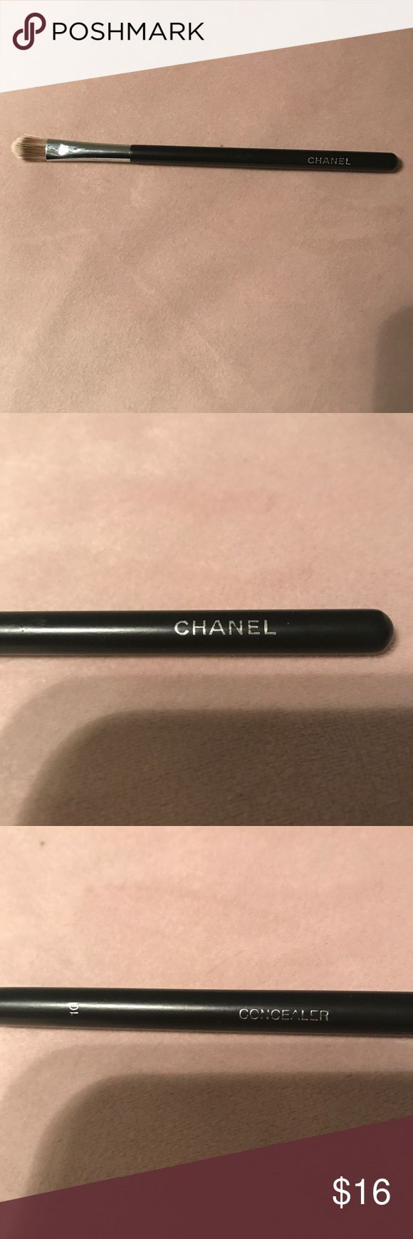 💥Authentic CHANEL Concealer Brush Never been used Chanel concealer brush. CHANEL Makeup Brushes & Tools