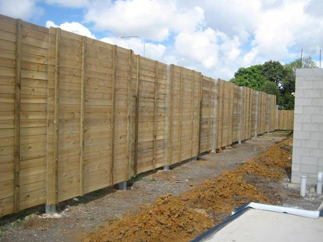 Acoustic fence Shiplap