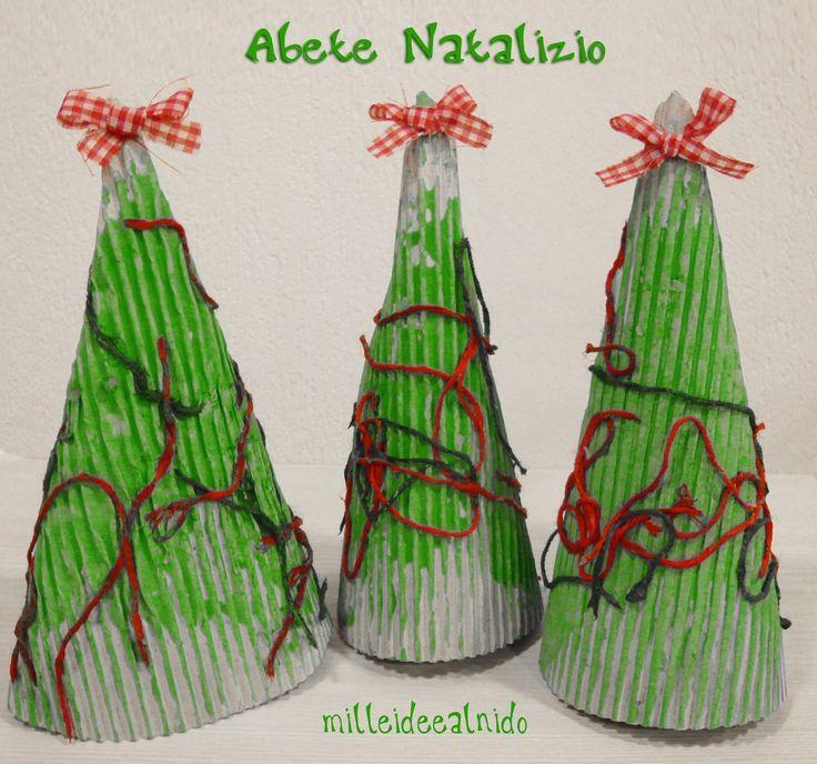 Finalmente il Natale sta arrivando ed è così tanta la voglia di annunciare in asilo l'arrivo di questa festività, che siamo rimaste un po...