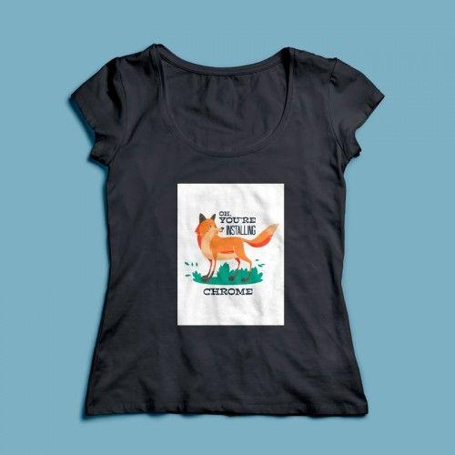 T-shirt Installing Chrome  | Een 100% katoen single jersey t-shirt verkrijgbaar met v-hals of ronde hals met een opdruk voor zowel dames als heren! In diverse maten verkrijgbaar.  #kleding #textieldruk #textielprint #opdruk #print #eigenprint #damesshirt #herenshirt #tshirt #shirt #tekst #text #vos #browser #internet #google #chrome #googlechrome #firefox #mozillafirefox