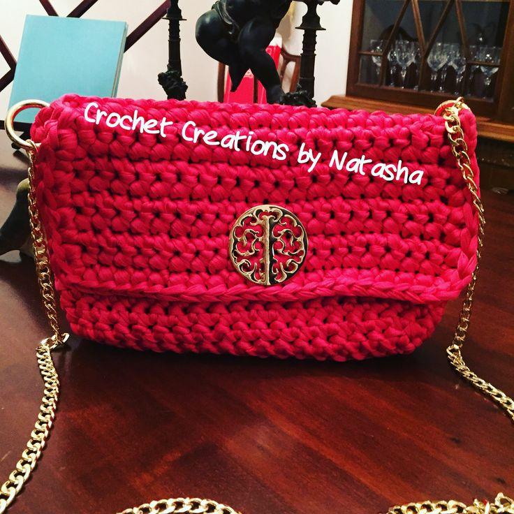 Red fuchsia crochet handbag with gold details... Ready to fly to Thessaloniki... #greekfashionbloggers #greekdesigner #iloveshopping #instamood #crochet #crochetbag #crochetcreationsbynatasha #fashion #fashionblog #fuchsia #red #handmade #handbag #madeingreece