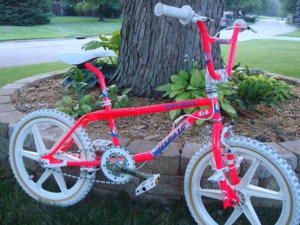 Best 25 Bmx Flatland Ideas On Pinterest Bmx Street Bmx Bikes
