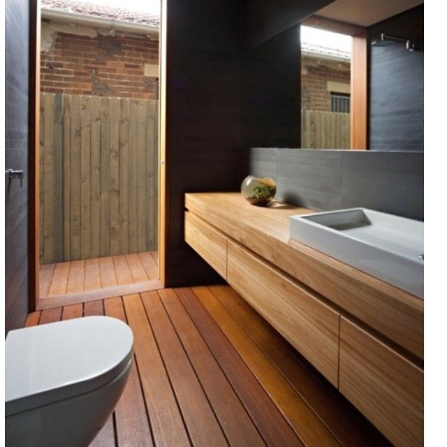 Timber on timber. Bathroom simplicity. Perfection. #thedesignhunter #interiors #inspiration #timber #bathroom #simplicity #design #vanity #modern #naturalmaterials #organic