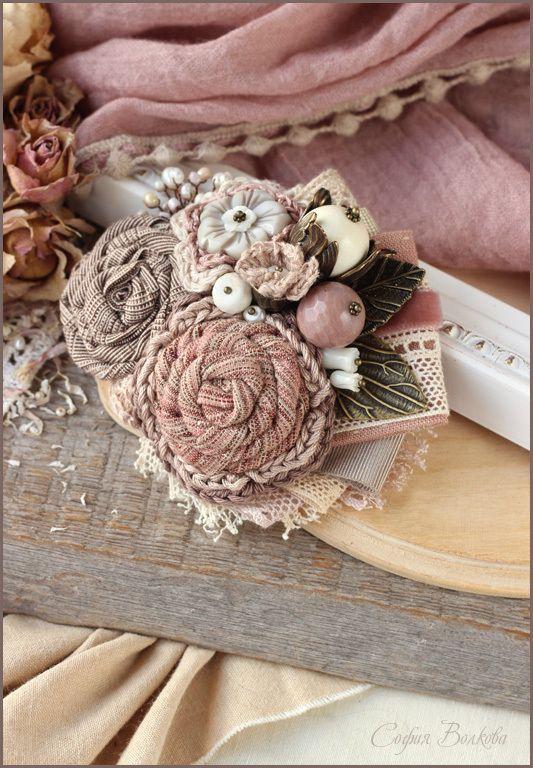 """Купить Брошь """"Нежные яблони"""" - брошь, текстильная брошь, яблоня, брошь я блоня, пыльно-розовый"""