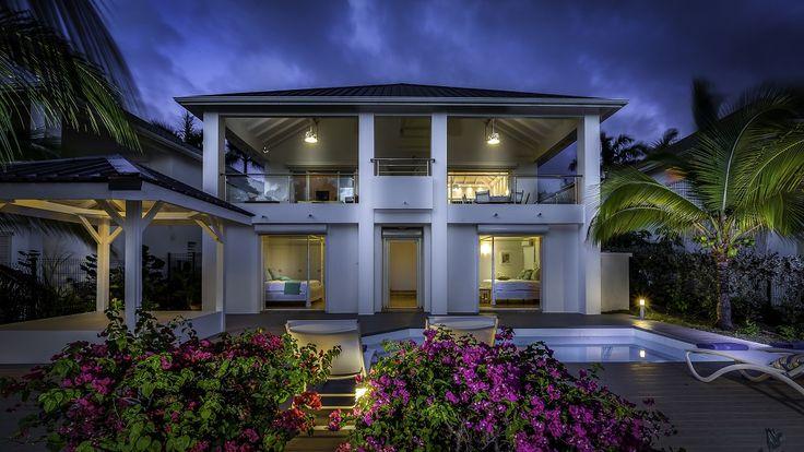 Villa Sea Dream is een drie slaapkamers vakantievilla bij Bay Beach Frater, ideaal voor een familievakantie of voor koppels die samen reizen.