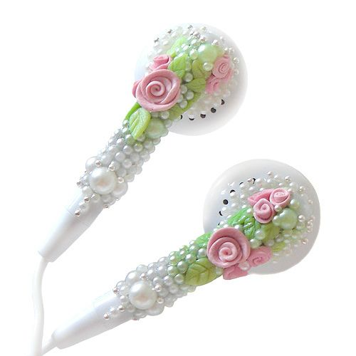 Rose Pearl Earbuds. Who knew you could even deco-den your earbuds? I think these are very elegant, although I'm not sure how uncomfortable they could be.