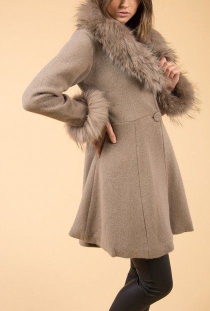 Jayley Mocha Cashmere Coat | Fur Collar Coat