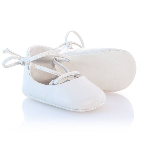 White leather ballerina shoes White Baby Shoes Girl Moccasins
