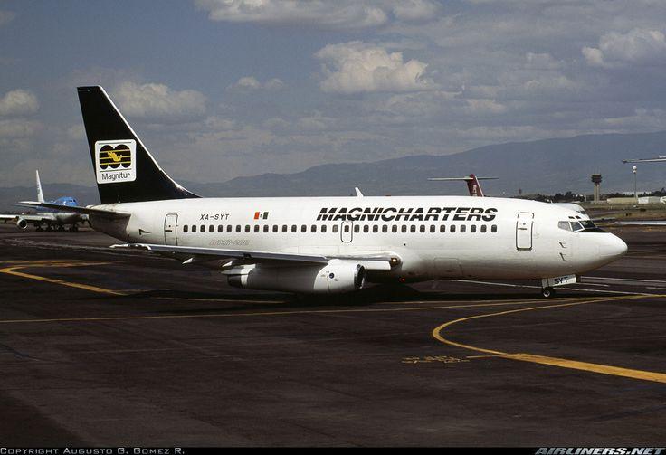 Boeing 737-205 (Magnicharters)