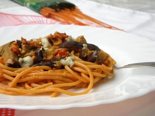 Sajtos-padlizsános spagetti