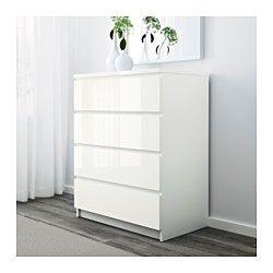 IKEA - MALM, Kommode mit 4 Schubladen, weiß, , Das Zuhause soll ein sicherer Ort für die ganze Familie sein. Deshalb ist ein Beschlag beigepackt, mit dem die Kommode an der Wand befestigt werden kann.Leichtgängige Schubladen mit Ausziehsperre.Für perfekte Nutzung des Innenraums eignet sich SKUBB Aufbewahrung, 6er-Set.