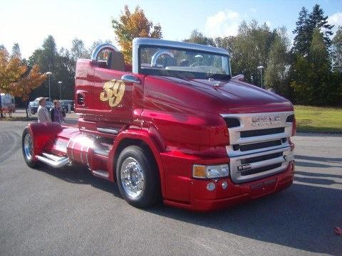 Convertible truck.