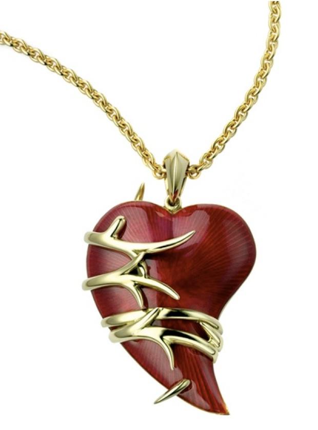 necklace from Black is Black ensemble:  http://geeliciouspassion.wordpress.com/2012/04/30/black-is-black/
