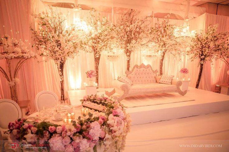 Wedding ideas inspiration backdrops dubai wedding and wedding stage junglespirit Images