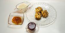 Яблочные мини-пироги и чай