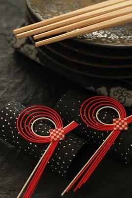 キッチンペーパーの芯で作る水引のナプキンリング・箸置き 作り方