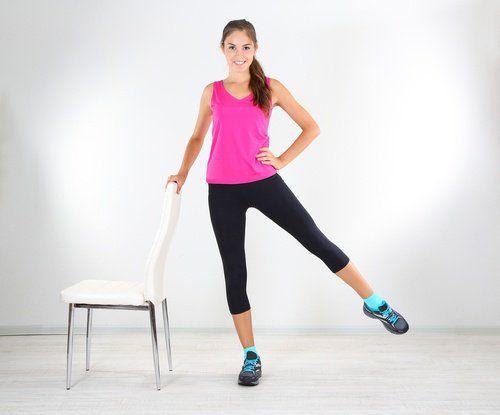 Махи ногами помогут быть в форме