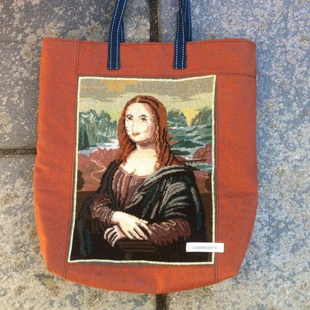 Tote bag made from embroidery