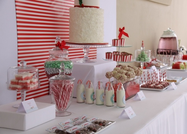 christmas paint party: Christmas Parties, Buffet Tables, Desserts Buffet, Christmas Crafts, Christmas Tables, Crafts Events, White Christmas, Parties Ideas, Christmas Ideas