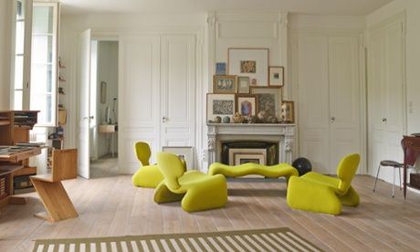 Djinn furniture in artist Gerard Puvis' Lyon home living room