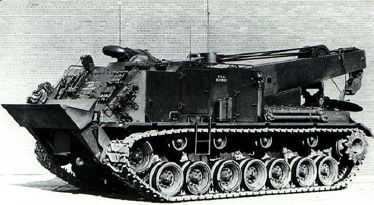 M51 heavy recovery vehicle