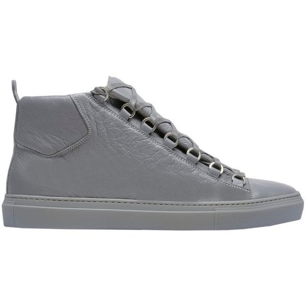 Balenciaga High Sneakers ($585) ❤ liked on Polyvore featuring men's fashion, men's shoes, men's sneakers, balenciaga mens shoes and balenciaga mens sneakers