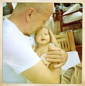 I know it's mother's day coming up, but look at the love on Bruce Willis' face for his baby girl.